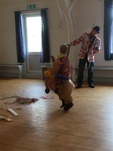 Vi måtte gøre en undtagelse og tillade dyr i salen ; )